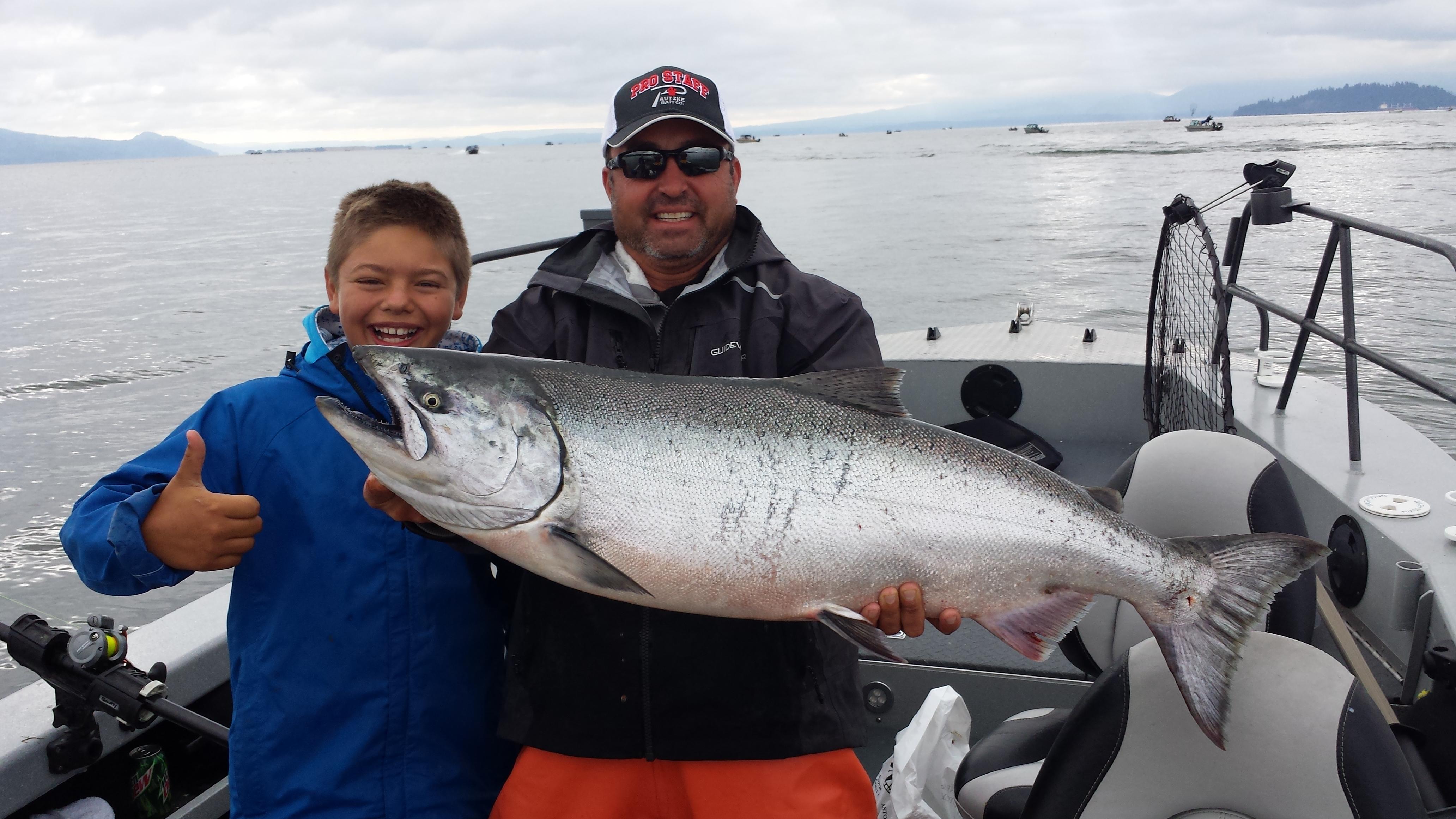 Columbia river astoria fishing guides reel time fishing for Columbia river fishing guides
