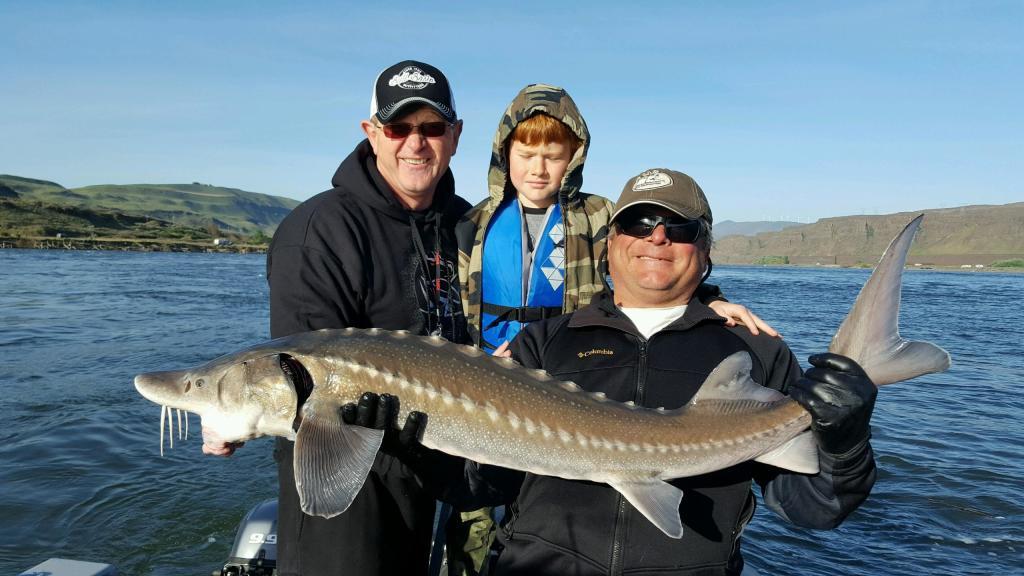 Columbia River Sturgeon Fishing Guides