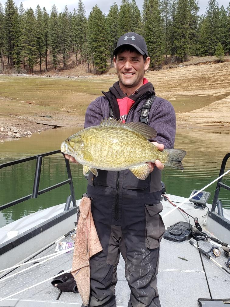 Dworshak Reservoir Fishing Guides